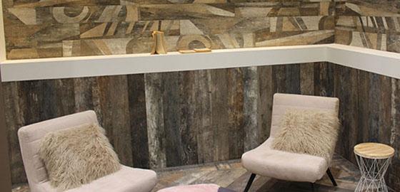 A közkedvelt fahatású padlók és falak elképesztő sokoldalúsága, innovatív megoldásai