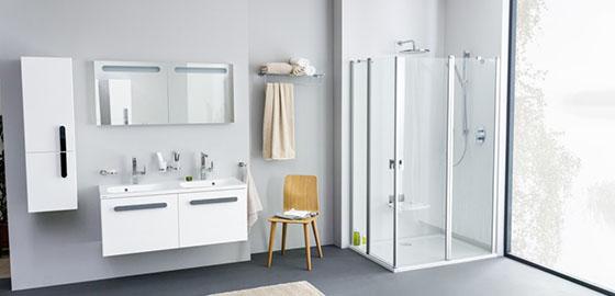 Tisztít, ápol és véd – tisztítószerek a fürdőszobában