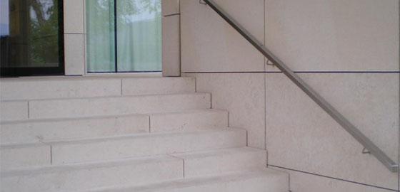 A tégla- kő- és betonburkolat meghálálja a törődést
