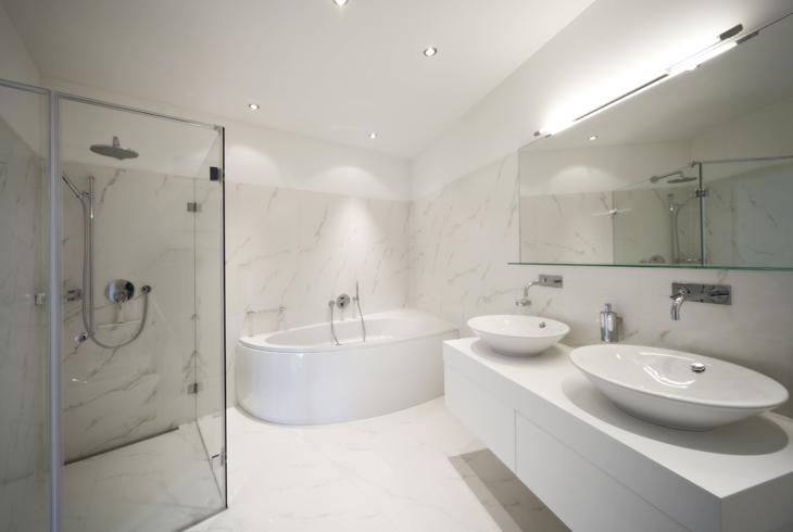 5 alapszabály, hogy a lehető legjobban tudja kihasználni a nagy fürdőszobáját
