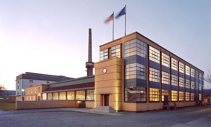 Walter Gropius – 50 éve hunyt el a Bauhaus atyja