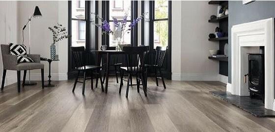 A Designflooring vinyl padlóburkolatok szakszerű ápolása – őrizzük meg a csillogást!