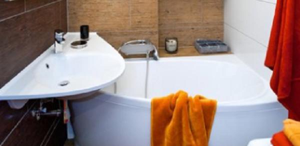 A legkisebb fürdőszobákba is van megoldás! – Mihez kezdjünk 146 x 191 cm-en?