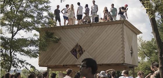 Az építés katarzisa egy közösség megszületése – Elkészült a Hello Wood legújabb könyve, a Children of the Wood