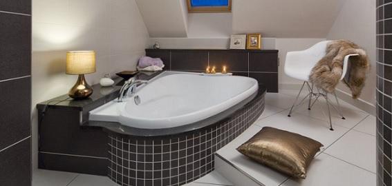 Inspiráció tetőtéri fürdőszobához
