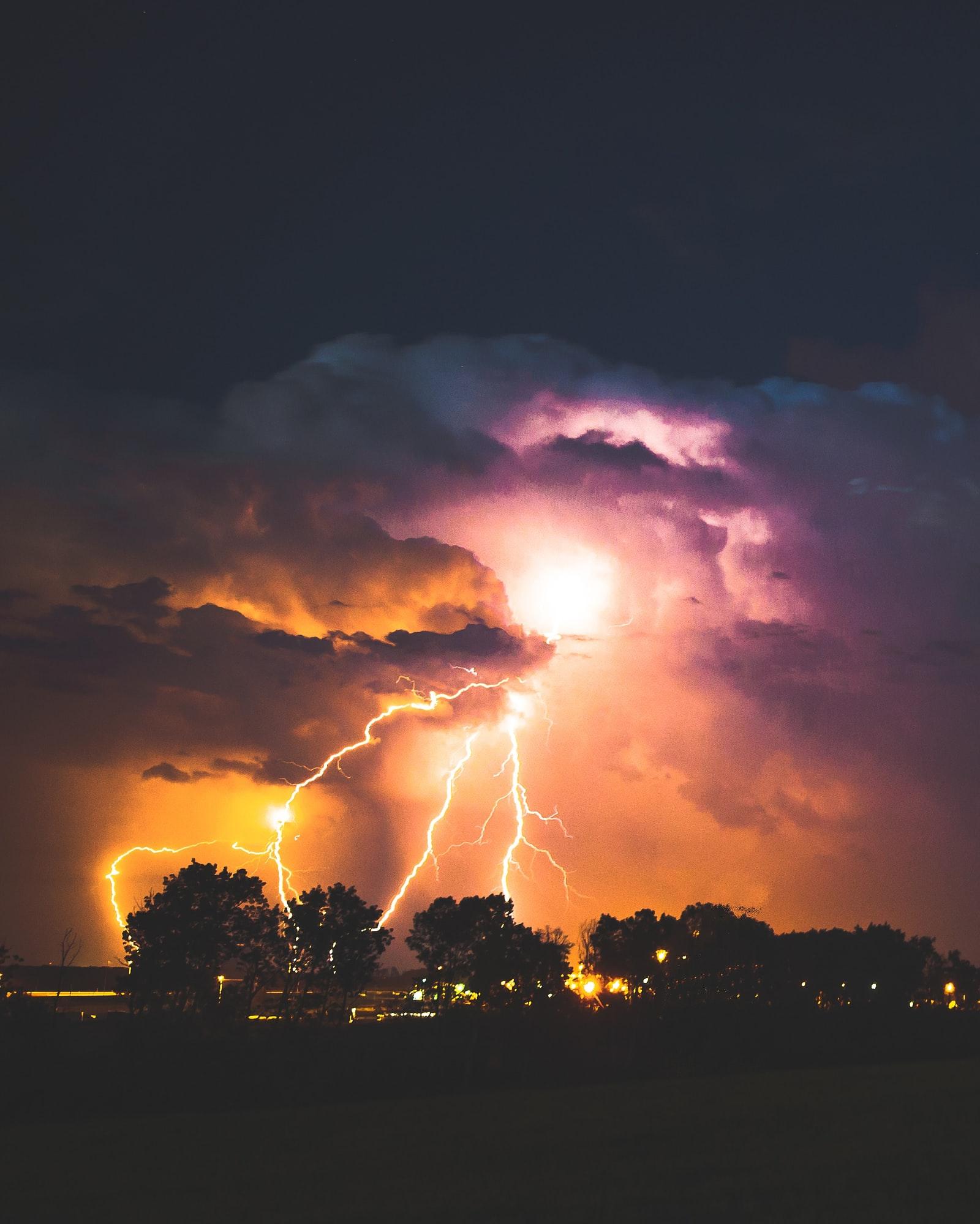 Így védd meg otthonodat a vihartól!