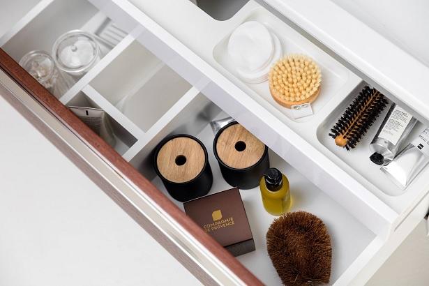 RAVAK fürdőszobai tárolók – Designba burkolt praktikum